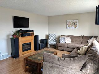 Photo 5: 4740 48 Street S: Clyde House for sale : MLS®# E4152983