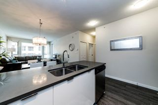 """Photo 5: 516 2665 MOUNTAIN Highway in North Vancouver: Lynn Valley Condo for sale in """"CANYON SPRINGS"""" : MLS®# R2369122"""