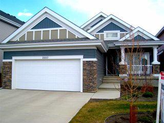 Photo 1: 2027 90 Street in Edmonton: Zone 53 House for sale : MLS®# E4157388