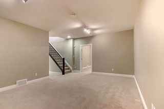 Photo 19: 2027 90 Street in Edmonton: Zone 53 House for sale : MLS®# E4157388