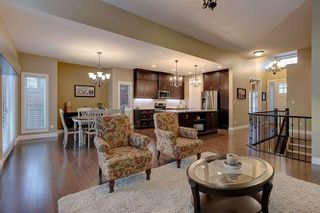 Photo 10: 2027 90 Street in Edmonton: Zone 53 House for sale : MLS®# E4157388