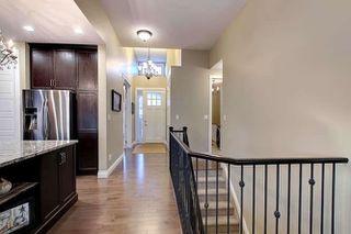 Photo 2: 2027 90 Street in Edmonton: Zone 53 House for sale : MLS®# E4157388