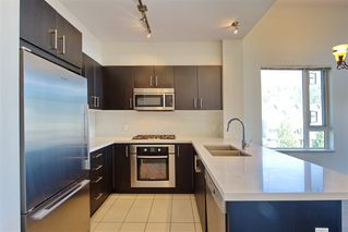 Photo 3: 406 3133 RIVERWALK AVENUE in Vancouver East: Champlain Heights Home for sale ()  : MLS®# R2204659