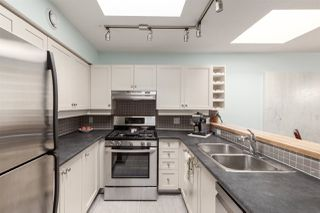 "Photo 11: 408 3440 W BROADWAY in Vancouver: Kitsilano Condo for sale in ""THE VICINIA"" (Vancouver West)  : MLS®# R2380067"