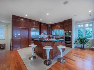 Photo 9: 2420 HALSTON Court in West Vancouver: Whitby Estates House for sale : MLS®# R2380695