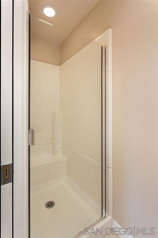Photo 10: CLAIREMONT Condo for sale : 2 bedrooms : 5252 Balboa Arms Dr. #228 in San Diego