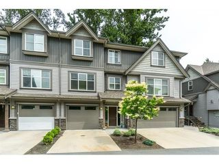 "Photo 1: 40 45085 WOLFE Road in Chilliwack: Chilliwack W Young-Well Townhouse for sale in ""Townsend Terrace"" : MLS®# R2381644"