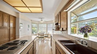 """Photo 2: 1243 RICARD Place in Port Coquitlam: Citadel PQ House for sale in """"CITADEL HEIGHTS"""" : MLS®# R2383933"""