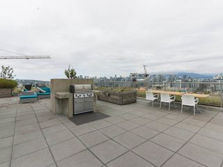 """Photo 18: 702 250 E 6TH Avenue in Vancouver: Mount Pleasant VE Condo for sale in """"The District"""" (Vancouver East)  : MLS®# R2386301"""