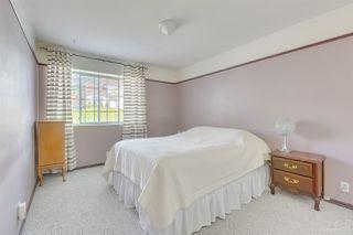 Photo 18: 1038 STEWART Avenue in Coquitlam: Maillardville House for sale : MLS®# R2416382