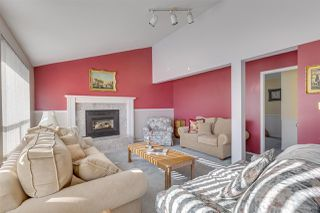 Photo 5: 1038 STEWART Avenue in Coquitlam: Maillardville House for sale : MLS®# R2416382