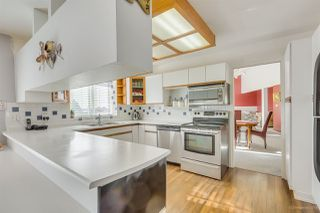 Photo 2: 1038 STEWART Avenue in Coquitlam: Maillardville House for sale : MLS®# R2416382