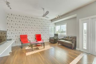 Photo 9: 1038 STEWART Avenue in Coquitlam: Maillardville House for sale : MLS®# R2416382