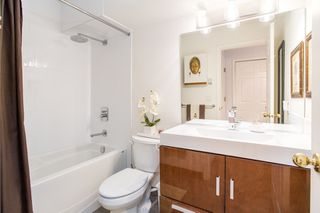 Photo 7: 101 131 W 20TH Street in North Vancouver: Central Lonsdale Condo for sale : MLS®# R2426540