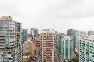 """Main Photo: 3307 909 MAINLAND Street in Vancouver: Yaletown Condo for sale in """"YALETOWN PARK 2"""" (Vancouver West)  : MLS®# R2437503"""