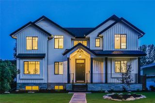 Main Photo: 6015 BOWWATER Crescent NW in Calgary: Bowness Detached for sale : MLS®# C4293664