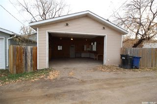 Photo 12: 915 L Avenue South in Saskatoon: King George Residential for sale : MLS®# SK806325