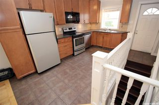 Photo 4: 915 L Avenue South in Saskatoon: King George Residential for sale : MLS®# SK806325