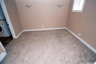 Photo 9: 915 L Avenue South in Saskatoon: King George Residential for sale : MLS®# SK806325