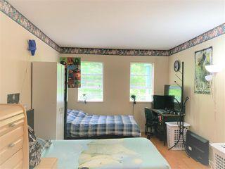 Photo 6: 305 9765 140 Street in Surrey: Whalley Condo for sale (North Surrey)  : MLS®# R2471688