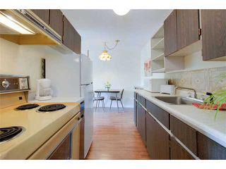 Photo 2: 102 15369 THRIFT AV in White Rock: Home for sale : MLS®# F1408124