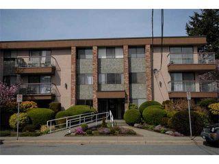 Photo 1: 102 15369 THRIFT AV in White Rock: Home for sale : MLS®# F1408124