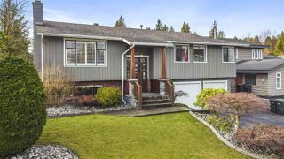 """Photo 2: 11545 197A Street in Pitt Meadows: South Meadows House for sale in """"South Meadows"""" : MLS®# R2527440"""