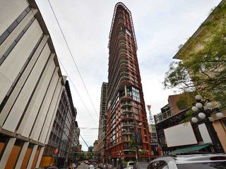 """Photo 1: 801 128 W CORDOVA Street in Vancouver: Downtown VW Condo for sale in """"WOODWARDS"""" (Vancouver West)  : MLS®# V899216"""