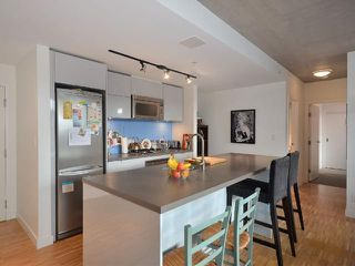 """Photo 5: 801 128 W CORDOVA Street in Vancouver: Downtown VW Condo for sale in """"WOODWARDS"""" (Vancouver West)  : MLS®# V899216"""
