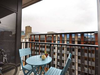 """Photo 10: 801 128 W CORDOVA Street in Vancouver: Downtown VW Condo for sale in """"WOODWARDS"""" (Vancouver West)  : MLS®# V899216"""