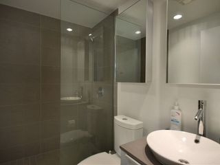 """Photo 9: 801 128 W CORDOVA Street in Vancouver: Downtown VW Condo for sale in """"WOODWARDS"""" (Vancouver West)  : MLS®# V899216"""