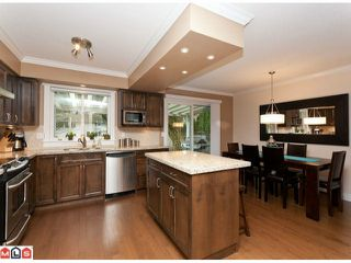 Photo 4: 15690 GOGGS Avenue: White Rock House for sale (South Surrey White Rock)  : MLS®# F1209906