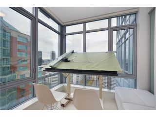 Photo 4: 2307 1028 BARCLAY Street in Vancouver: West End VW Condo for sale (Vancouver West)  : MLS®# V981090
