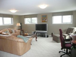 Photo 6: 327 Nightingale Road in Winnipeg: St James Single Family Detached for sale (West Winnipeg)