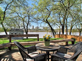 Photo 2: 170 Lyndale Drive in Winnipeg: St Boniface Residential for sale (Central Winnipeg)  : MLS®# 1310091