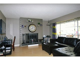 Photo 2: 21643 EXETER AV in Maple Ridge: West Central House for sale : MLS®# V1001182
