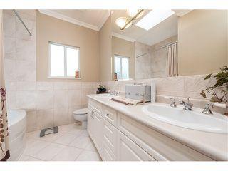 Photo 13: 6636 RANDOLPH AV in Burnaby: Upper Deer Lake House for sale (Burnaby South)  : MLS®# V1031026