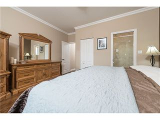 Photo 8: 6636 RANDOLPH AV in Burnaby: Upper Deer Lake House for sale (Burnaby South)  : MLS®# V1031026