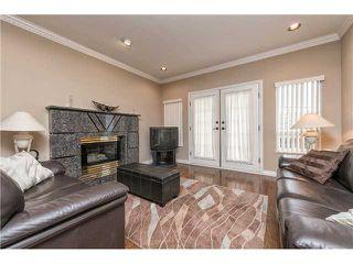 Photo 2: 6636 RANDOLPH AV in Burnaby: Upper Deer Lake House for sale (Burnaby South)  : MLS®# V1031026
