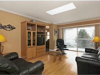 Photo 7: 2221 KAPTEY Avenue in Coquitlam: Cape Horn House for sale : MLS®# V1053476