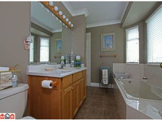 Photo 10: 16146  16A AV in Surrey: King George Corridor House for sale (South Surrey White Rock)  : MLS®# F1119699