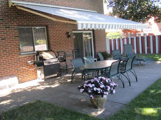 Photo 3: 1480 Durham Street in Oakville: Eastlake House (2-Storey) for sale : MLS®# W2866409