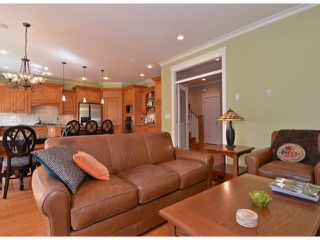 """Photo 10: 12368 21A Avenue in Surrey: Crescent Bch Ocean Pk. House for sale in """"Ocean Park"""" (South Surrey White Rock)  : MLS®# F1409102"""