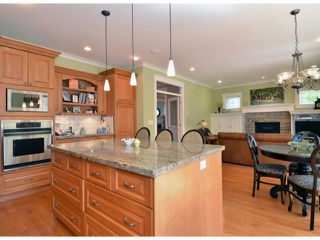 """Photo 14: 12368 21A Avenue in Surrey: Crescent Bch Ocean Pk. House for sale in """"Ocean Park"""" (South Surrey White Rock)  : MLS®# F1409102"""