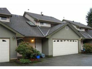 "Photo 3: 2 20841 DEWDNEY TRUNK Road in Maple Ridge: Northwest Maple Ridge Townhouse for sale in ""KITCHLER STATION"" : MLS®# V1060321"