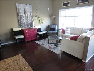 Photo 6: 7 Pentonville Crescent in WINNIPEG: St Vital Residential for sale (South East Winnipeg)  : MLS®# 1408273