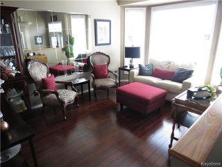 Photo 7: 7 Pentonville Crescent in WINNIPEG: St Vital Residential for sale (South East Winnipeg)  : MLS®# 1408273