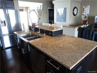 Photo 4: 7 Pentonville Crescent in WINNIPEG: St Vital Residential for sale (South East Winnipeg)  : MLS®# 1408273