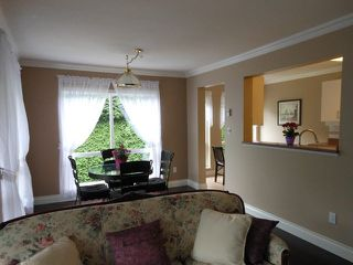 """Photo 6: 207 15140 29A Avenue in Surrey: King George Corridor Condo for sale in """"The Sands"""" (South Surrey White Rock)  : MLS®# F1422962"""