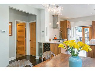"""Photo 5: 1124 E 19TH Avenue in Vancouver: Knight House for sale in """"CEDAR COTTAGE"""" (Vancouver East)  : MLS®# V1089954"""